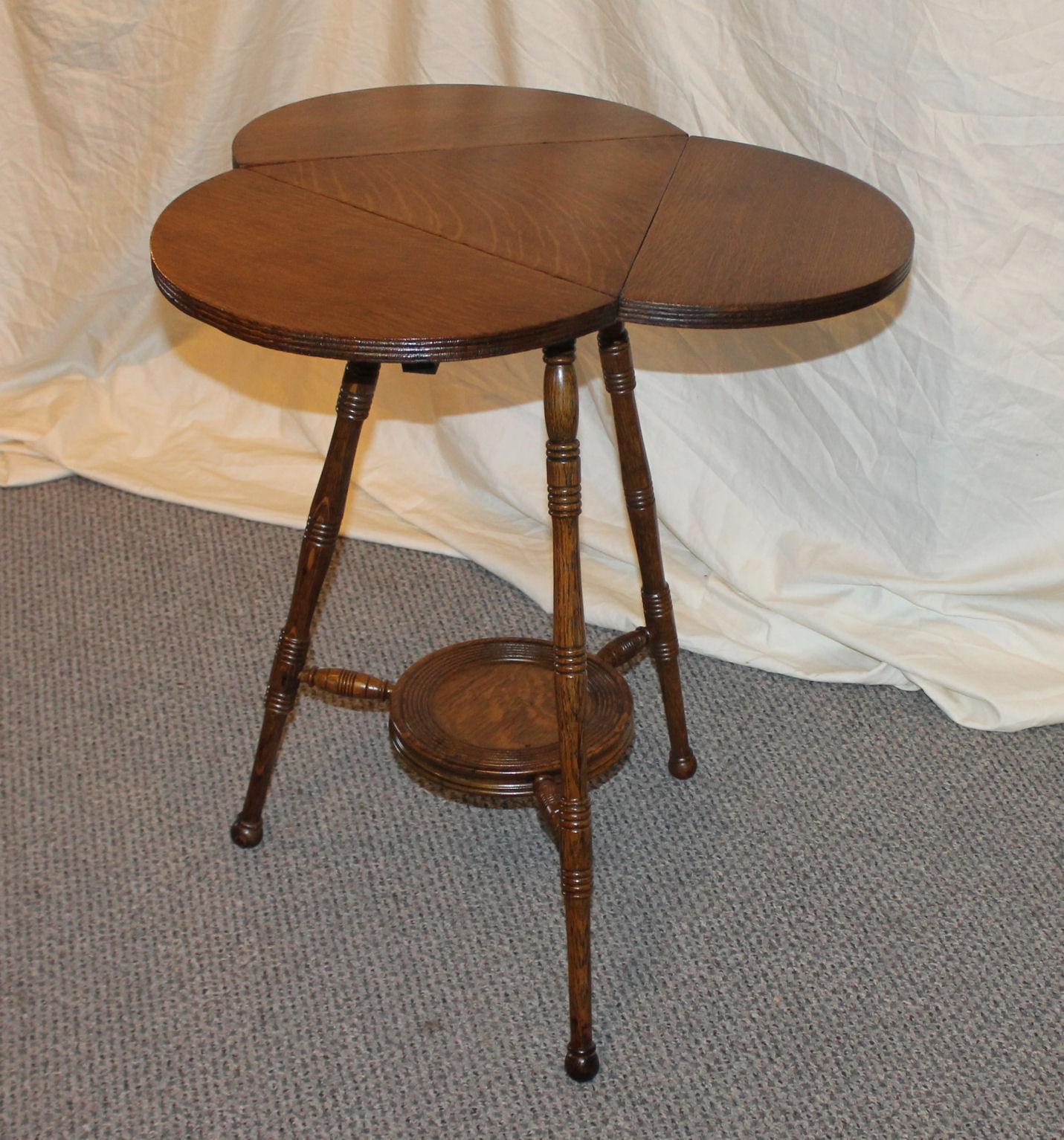Bargain John S Antiques Oak Lamp Table Clover Shaped