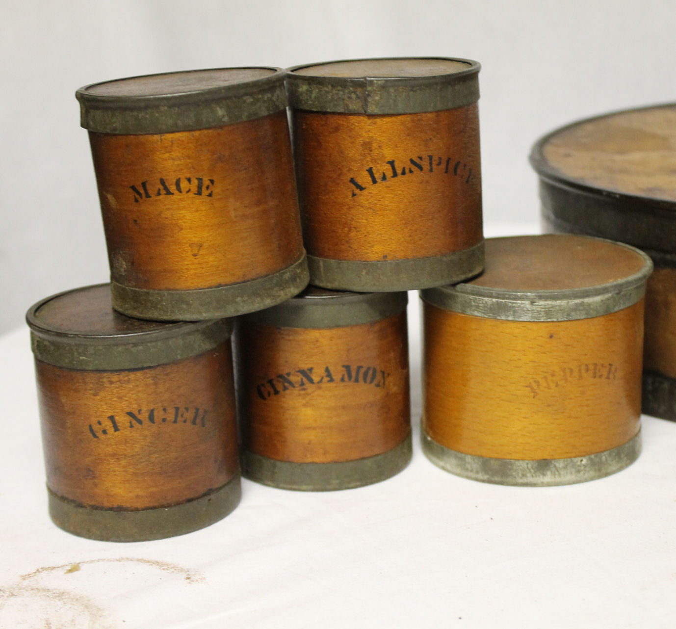 Bargain John S Antiques Round Cylinder Wooden Bentwood